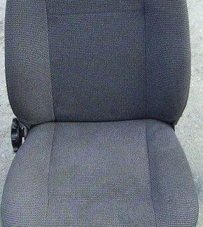Ford Cargo 0813 Teile Sitz Beifahrersitz